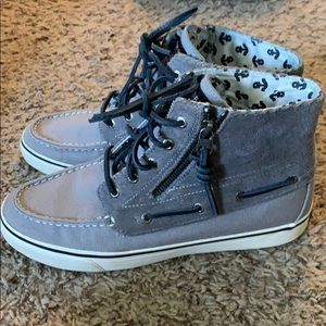 Gently Worn Sperry high tops, Size 8.5